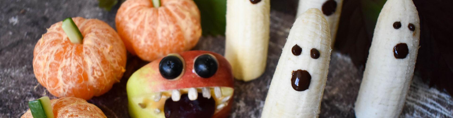 Mandarinen-Kuerbis-Apfel-Monster-Bananen-Gespenster