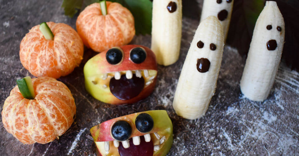 Mandarinen-Kuerbis-Apfel-Monster-Bananen-Gespenster